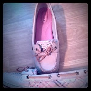 Sperry size 8M womens
